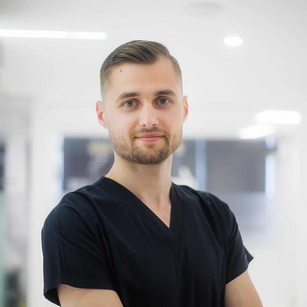 Dr. Stefan Raducan