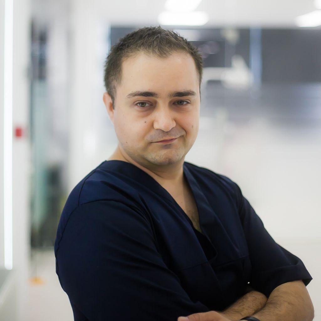 Dr. Cristian Raspopa