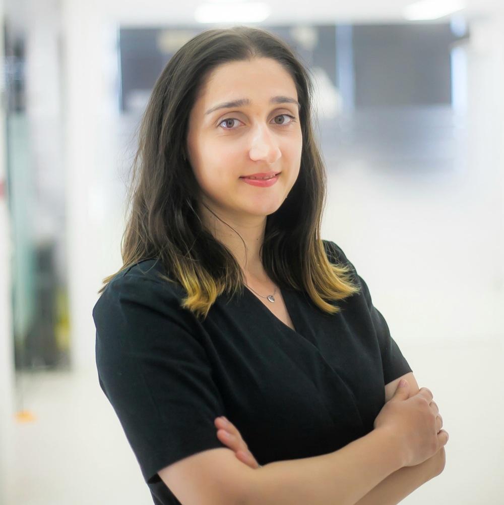 Dr. Anamaria Carapcea